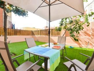 Magnifiques terrasses et superbe citronnier dans le parc Guell House wifi gratuit