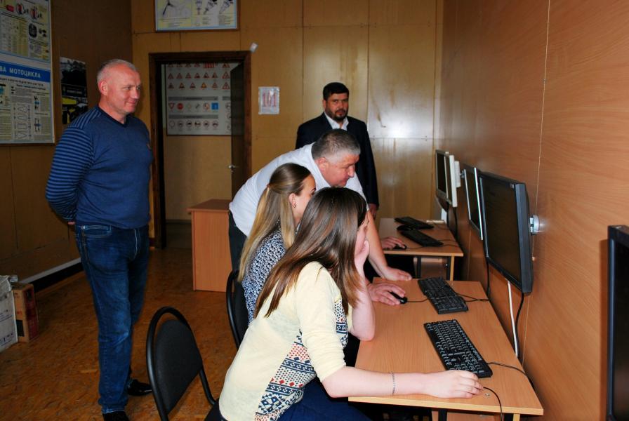 Дрогобицький навчальний центр автомобільної справи - фото 39