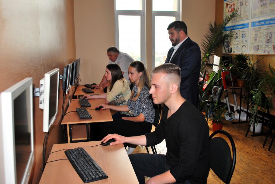 Дрогобицький навчальний центр автомобільної справи - фото 54