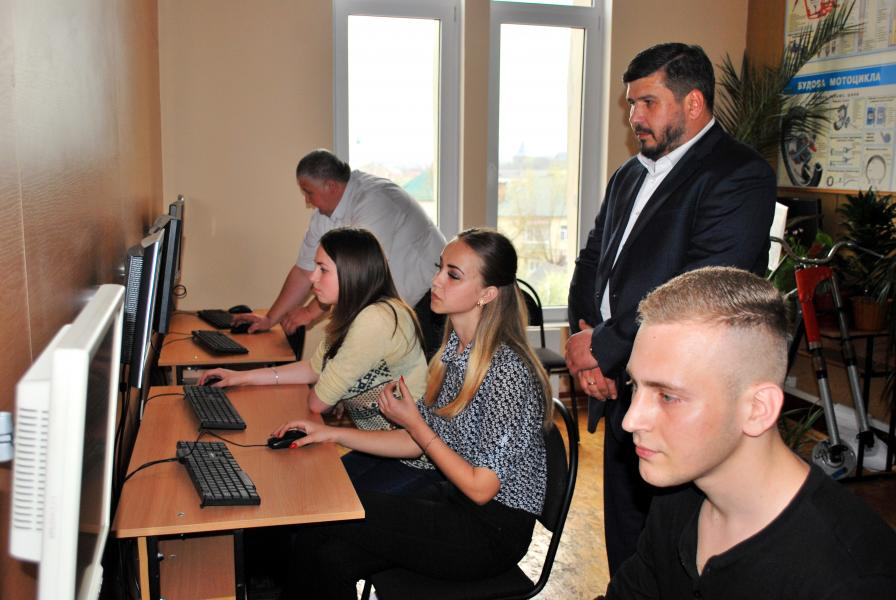 Дрогобицький навчальний центр автомобільної справи - фото 21