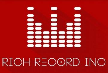 Rich Record - фото