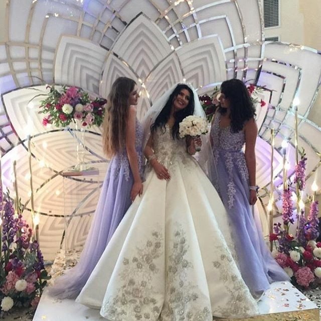 d58f5edc69b567 Салон весільних суконь