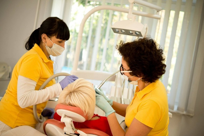 Стоматологія Нагорних - фото 1