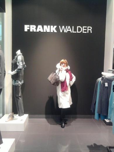Frank Walder - фото 1