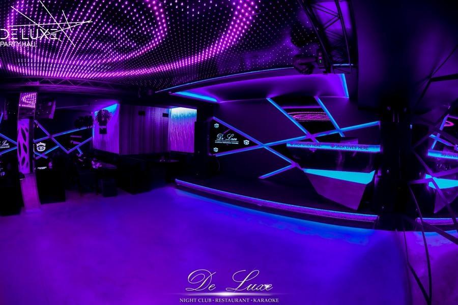 De Luxe night club | restaurant | karaoke - фото 24