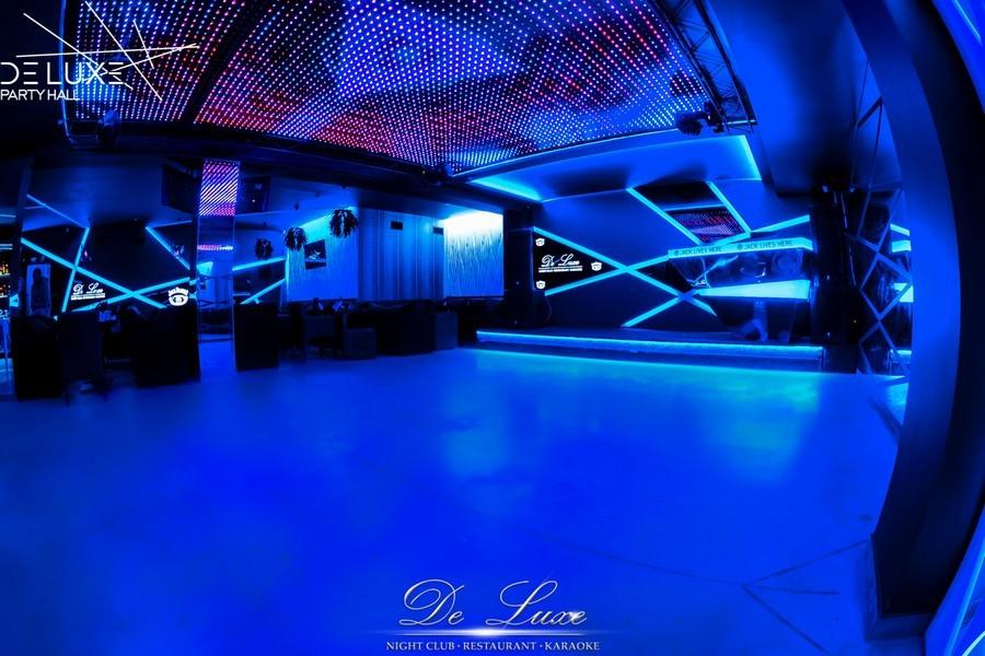 De Luxe night club | restaurant | karaoke - фото 26