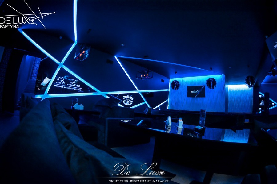 De Luxe night club | restaurant | karaoke - фото 29