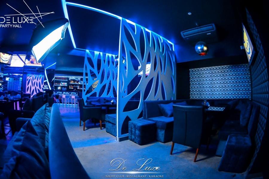 De Luxe night club | restaurant | karaoke - фото 36