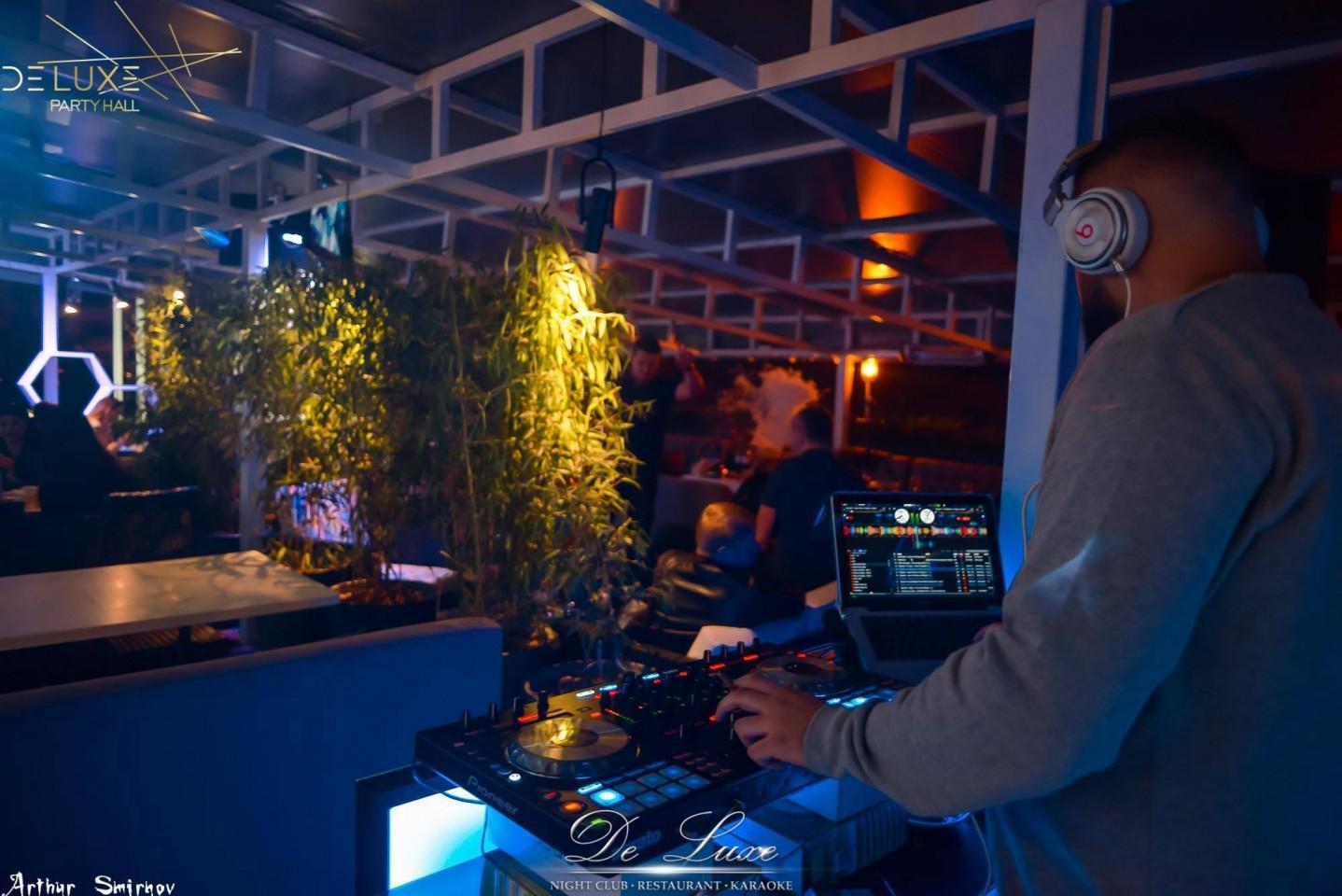 De Luxe night club | restaurant | karaoke - фото 46