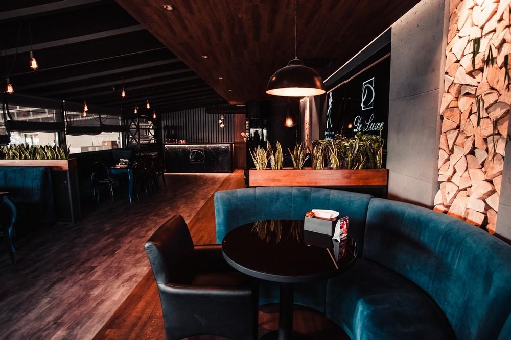 De Luxe night club | restaurant | karaoke - фото 70