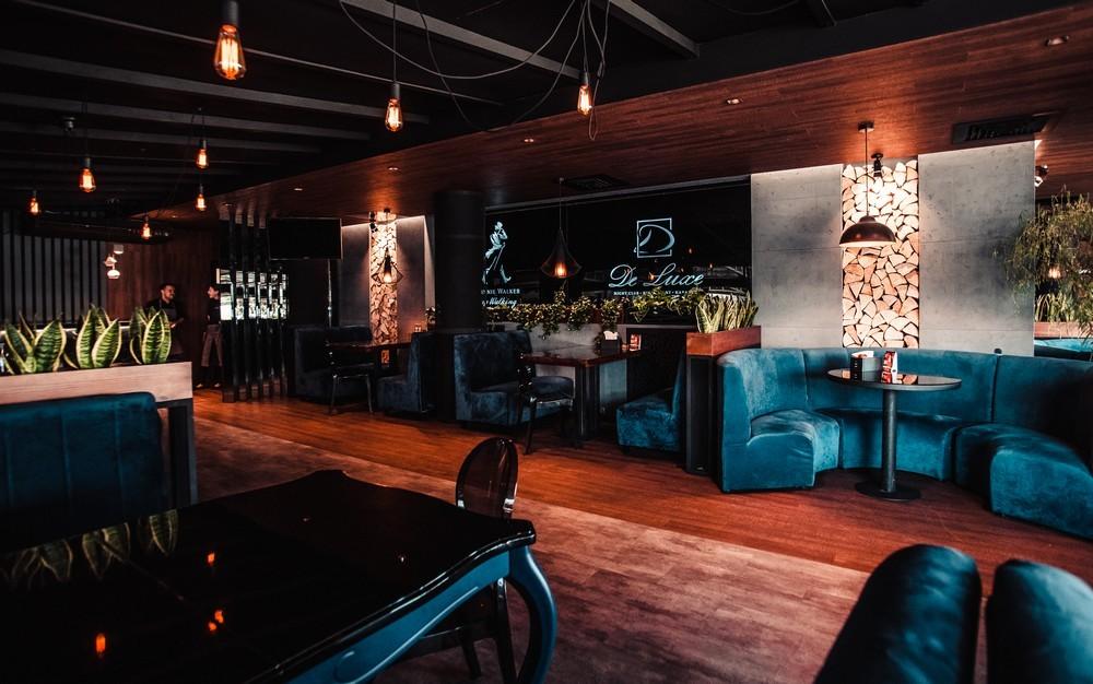 De Luxe night club | restaurant | karaoke - фото 72