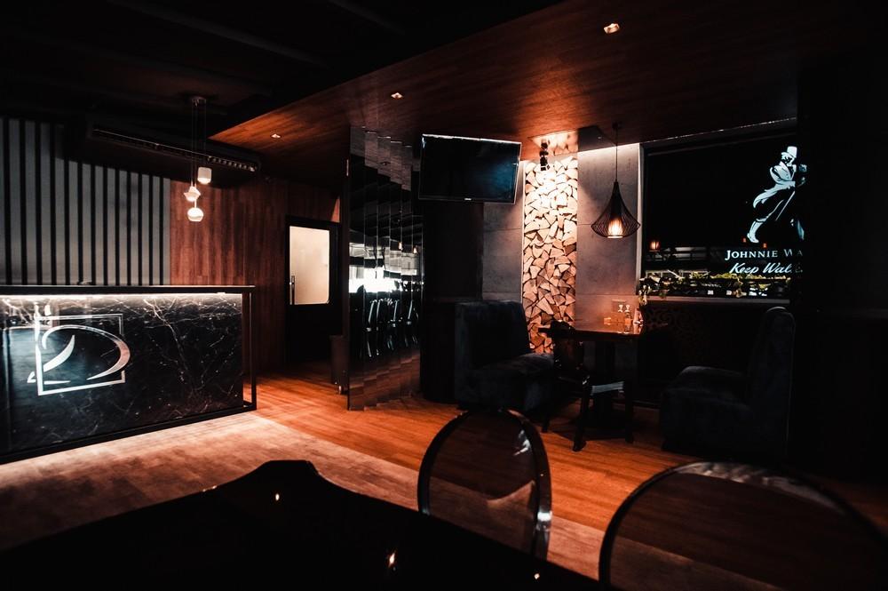 De Luxe night club | restaurant | karaoke - фото 75