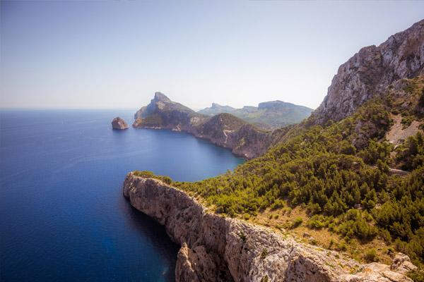 Las mejores rutas para descubrir Mallorca en bicicleta de alquiler