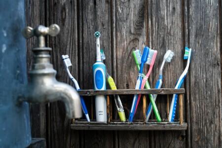 Met welke tandenborstel je gebit schoon en sterk houden?