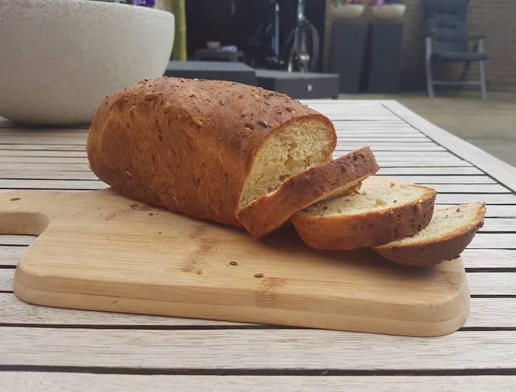 Adam's koolhydraatarme brood