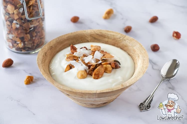 Granola met yoghurt.