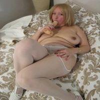 blondieemilf zoekt een man