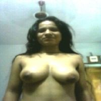 waheeda wil een seksdate in Drenthe