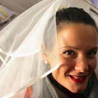 sexcontact met bruidsmodel