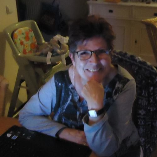 Date Singles In Almere Flevoland - Meet & Chat Online