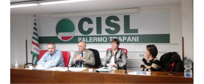 Daniela De Luca 'unire le forze per rilanciare l'economia, le politiche sociali, le partecipate'