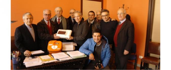 Consegna del Defibrillatore da parte della 'Onlus Progetto Alfa' al Comune