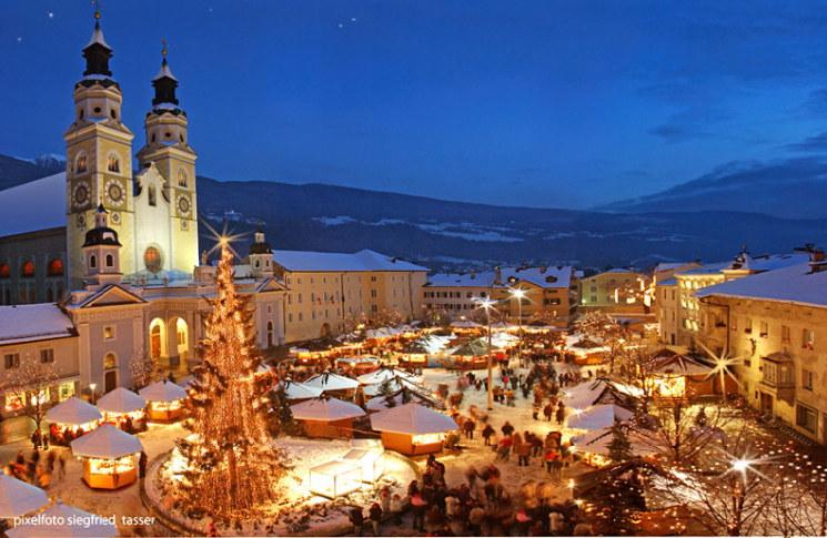 Foto Merano Mercatini Di Natale.Siciliantica Termini Visita Ai Mercatini Di Natale Di Bolzano Merano E Bressanone Madonielive Com