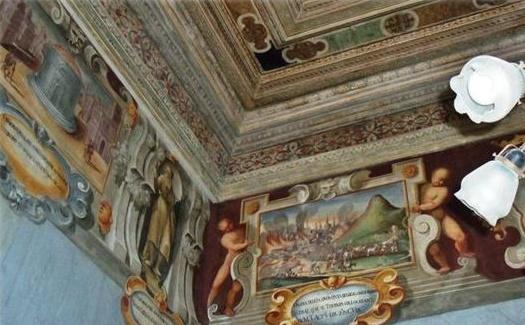 Termini Imerese. Infiltrazioni d'acqua nella Cammara Picta del Palazzo comunale