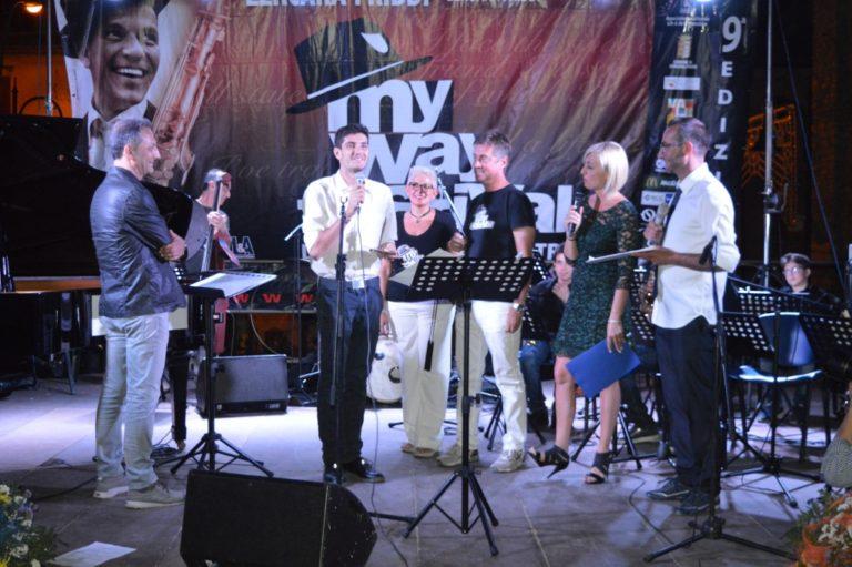 E' il palermitano Messina Manfredi a vincere la IX edizione del MY Way Festival dedicato a Frank Sinatra.