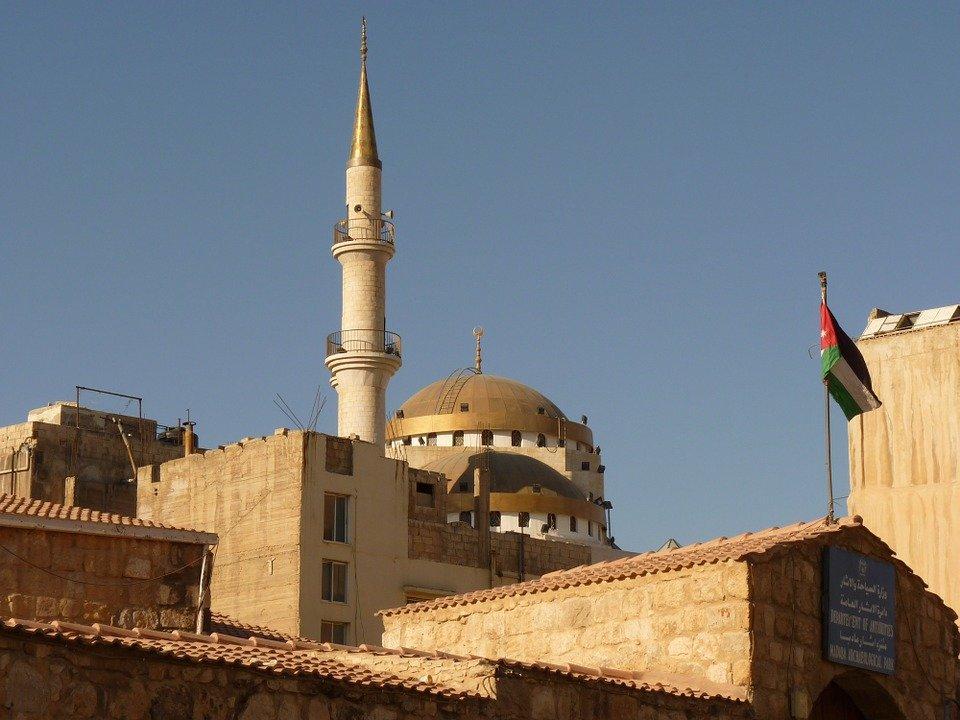 nuzhna li v#ezzhajushhim viza v Iordaniju