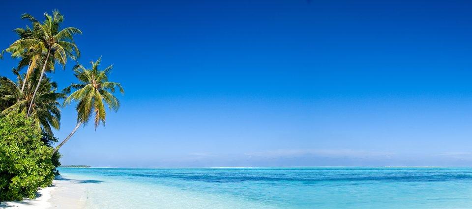 pljazhnyj otdyh v mae na more