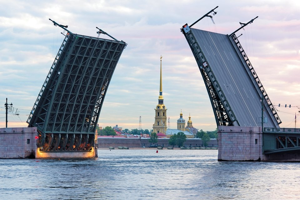 tuchkov_most_fotografii