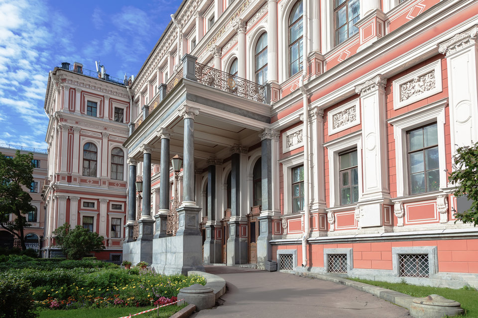 nikolaevskij_dvorec_v_sankt_peterburge