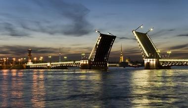 Razvodnye mosty cherez nevu v sankt peterburge