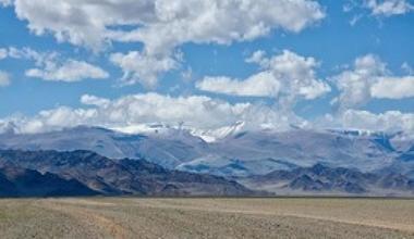 Puteshestvie po mongolii na mashine