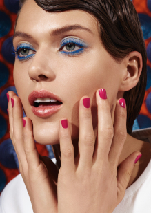 Friseur-Karben-La-Biosthetique-Make-up-Collection-Spring-Summer-2019