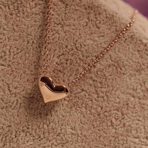 תליון לב זהב