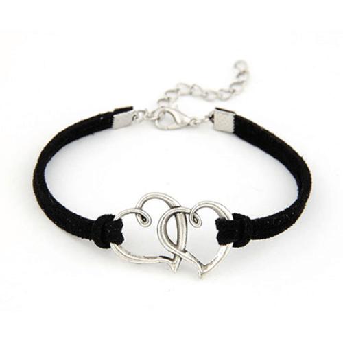 צמיד שחור לבבות מחוברים