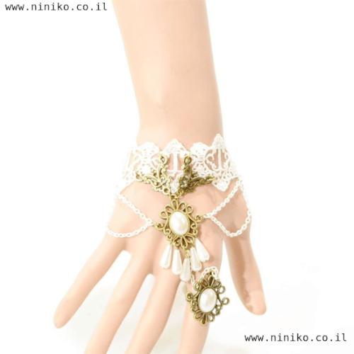 צמיד משולב טבעת תחרה לבן