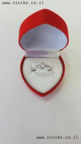 טבעת כסופה עם אבן קריסטל שקופה