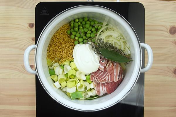 Recette One pot pasta printanier lard et petits pois
