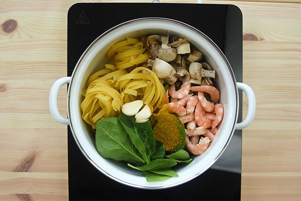 Recette one pot pasta thaï curry et crevettes