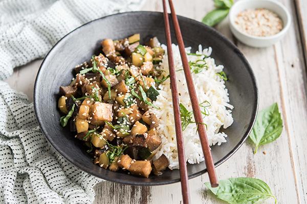 Recette de légumes sautés à la coréenne et sésame