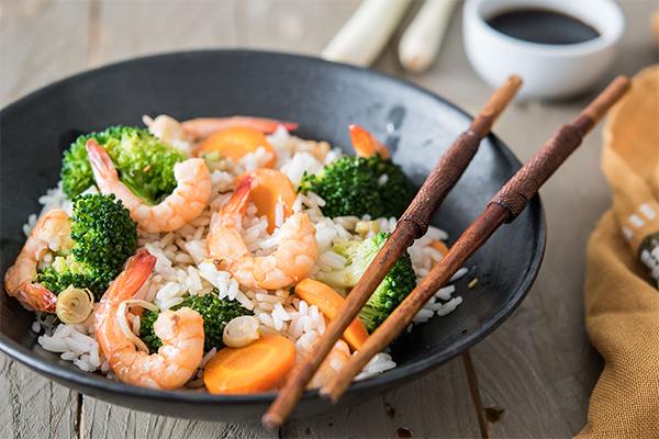 Recette Quitoque de riz sauté aux crevettes et à la citronnelle