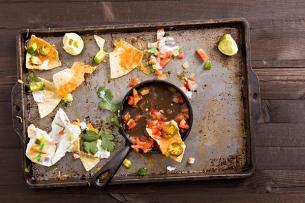 Gaspillage alimentaire : combien de temps faut-il conserver ses aliments ?