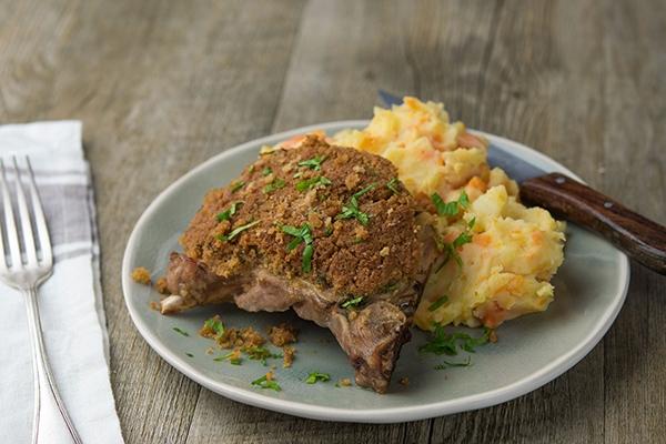 Comment préparer une chapelure maison pour faire croustiller la viande ?