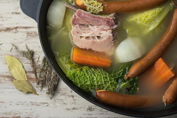 Potée d'hiver : comment cuisiner cette recette traditionnelle ?