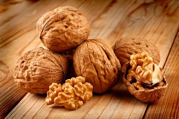 La noix : connaissez-vous tous ses bienfaits nutritionnels ?
