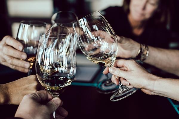 Quel vin boire pour accompagner une raclette ?