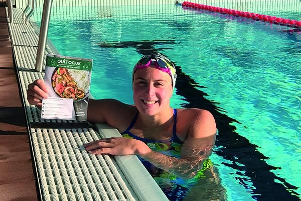 Alimentation : que mange la championne de natation Charlotte Bonnet ?